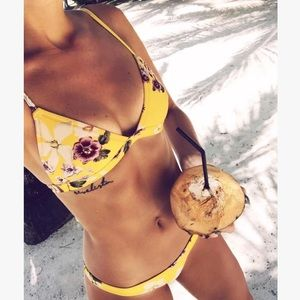 💛Sexy Girl Yellow Floral Two Pieces Swimsuit